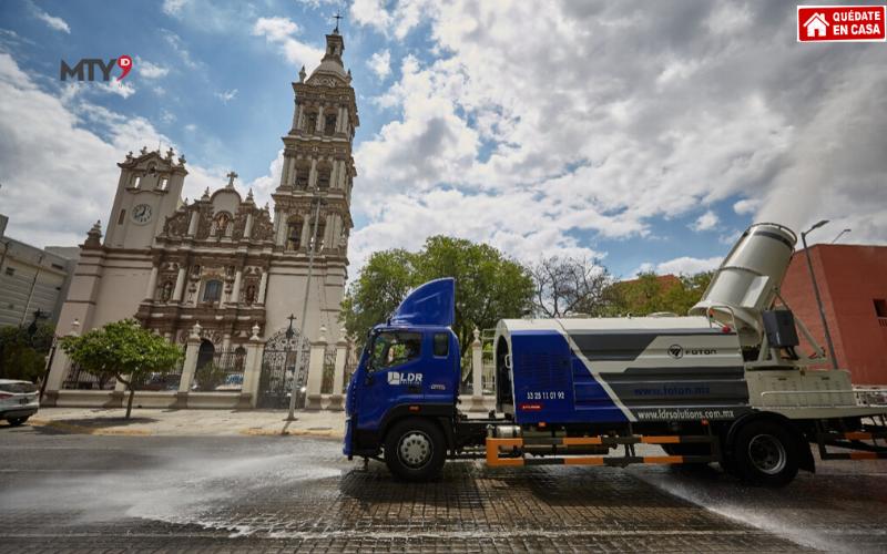 Presentan en Monterrey Camión Sanitizante