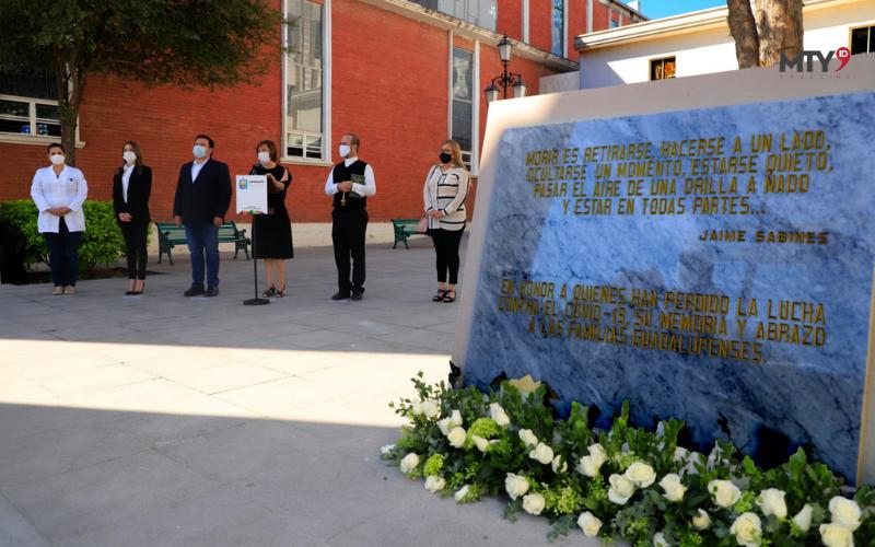 Instalan memorial por víctimas de COVID
